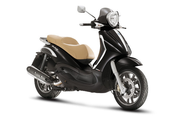 La Savina Rent a Car - Piaggio Beverly 400 Tourer